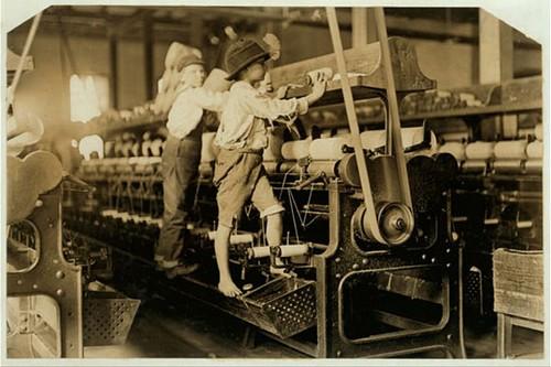 1882 : l'interdiction du travail des enfants et l'école gratuite