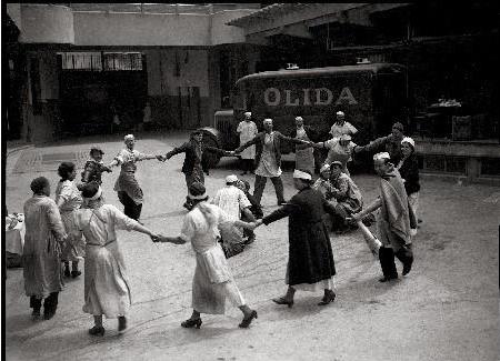 1936: Les congés payés et les 40h, la victoire du Front populaire